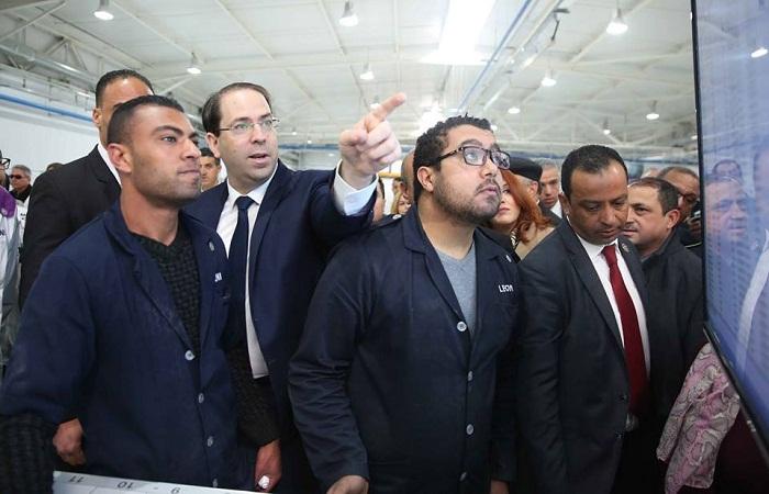 Chahed visite LEONI, plus grand employeur en Tunisie après l'Etat