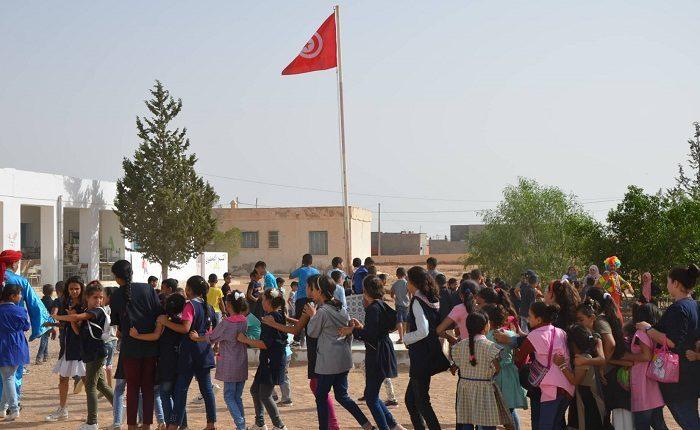 Attijari bank continue ses actions RSE avec les écoles primaires «Labba» et l'école «B'Hira» à Medenine